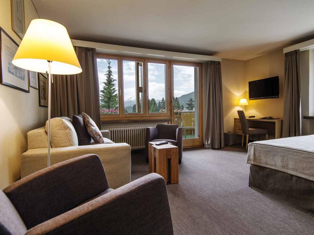 Luxusurlaub-mit-Kind-in-der-Schweiz-Large-Suite-Valbella-Inn