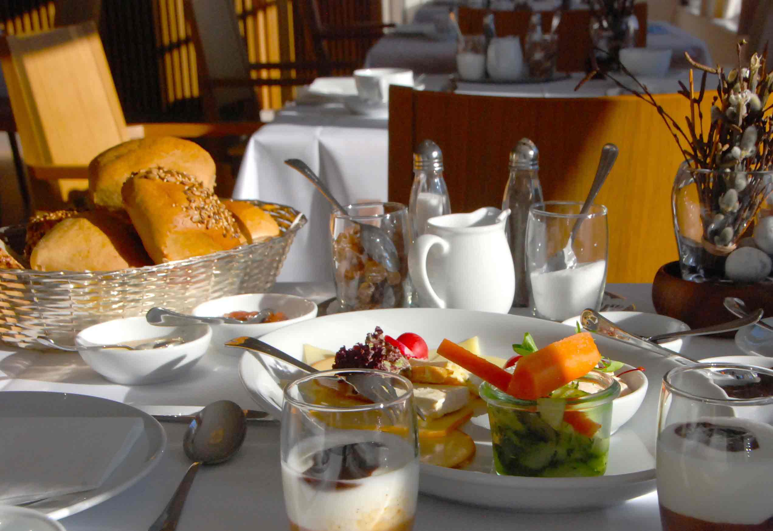 Osterurlaub und Frühstück im Charlottenhof in Ahrenshoop