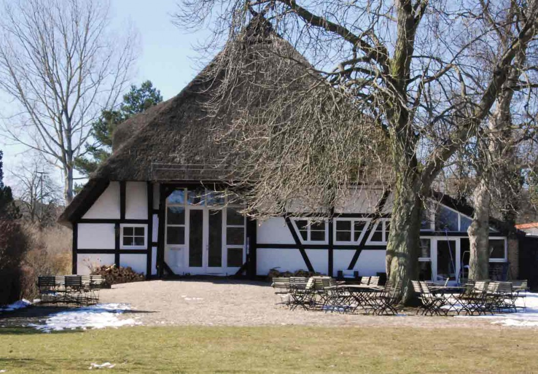 Urlaub-mit-Kindern-in-Mecklenburg-Vorpommern-Haus-am-Neukloster-see-Kunstscheune