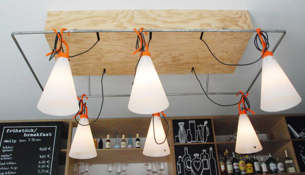 perfektes-appartment-in-berlin-mitte-cafe-design
