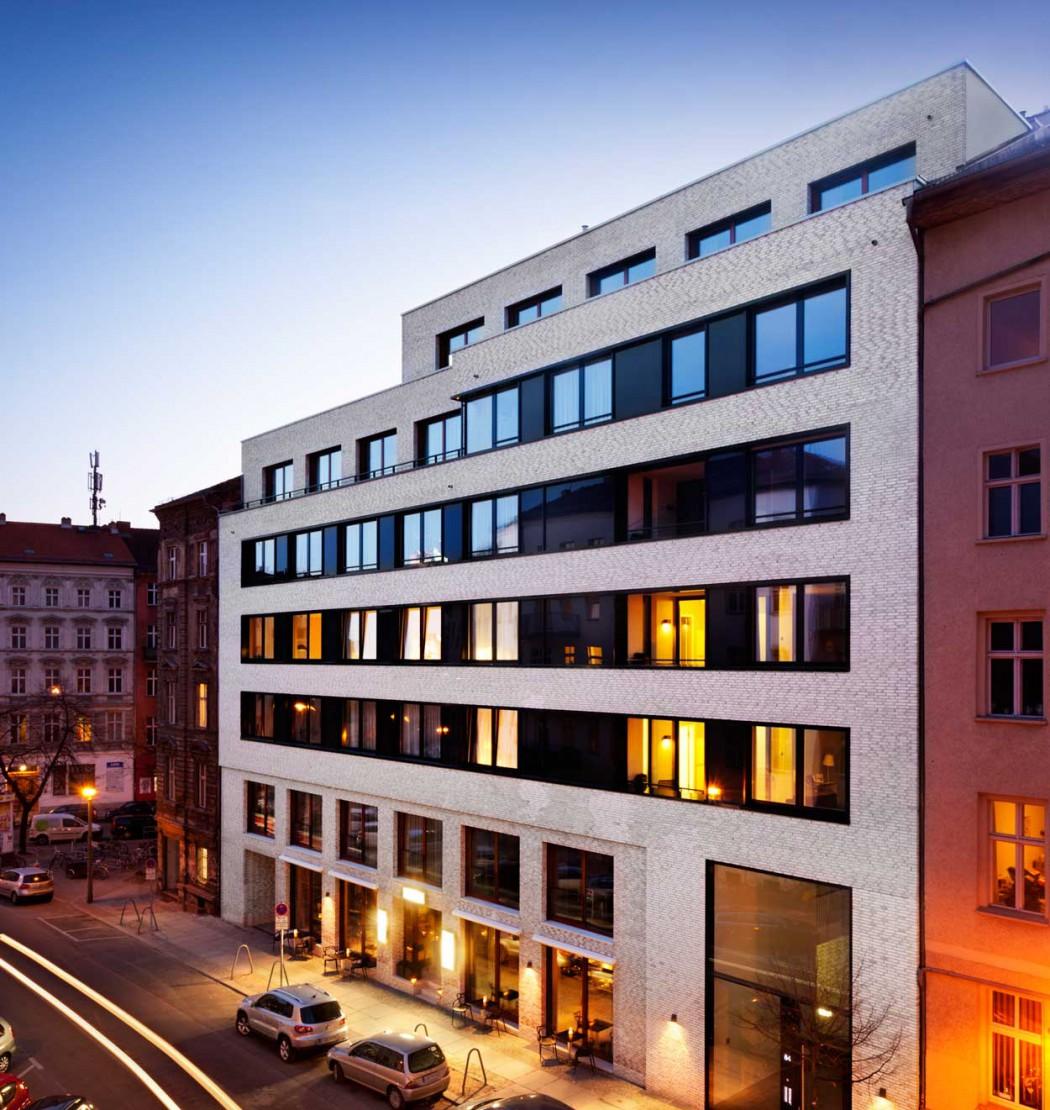 perfektes-appartment-in-berlin-mitte-ausseanansicht