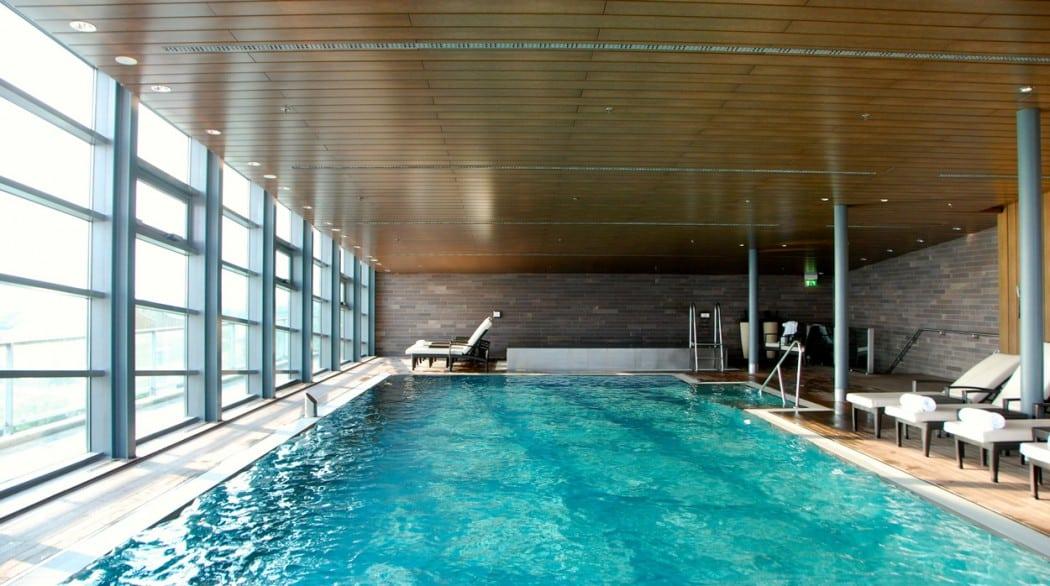 Grand Hyatt Pool Hotel für Familien in Berlin