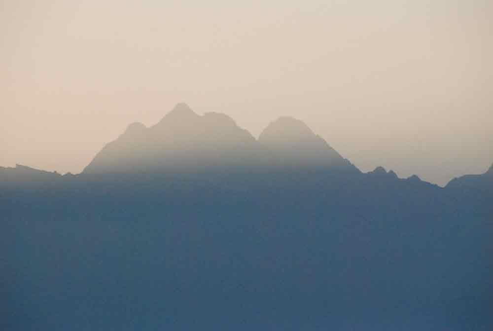 Berge morgens in Südtirol