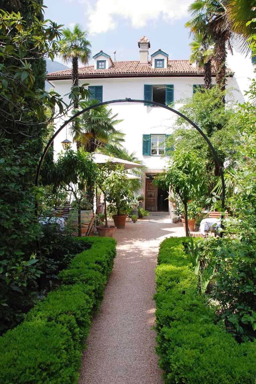 Im Garten der Pension Ottmanngut in Meran