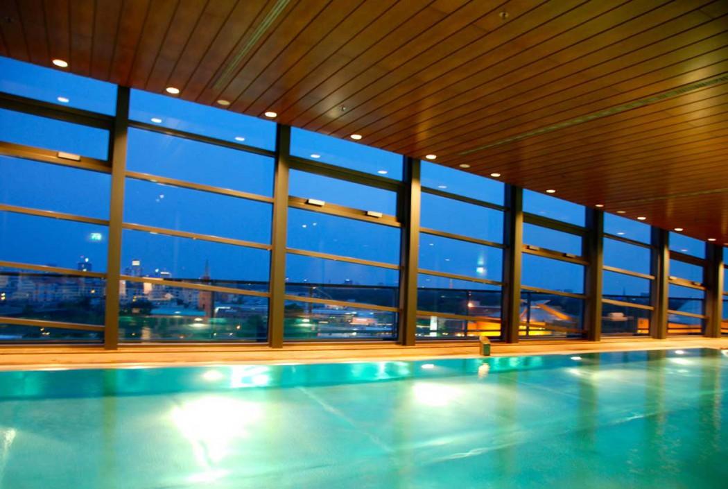 Pool im Grand Hyatt ein Hotel für Familien in Berlin
