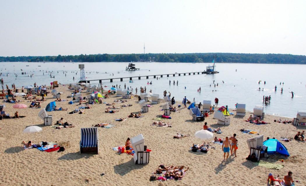 langer-strand-strandbad-wannsee-©looping