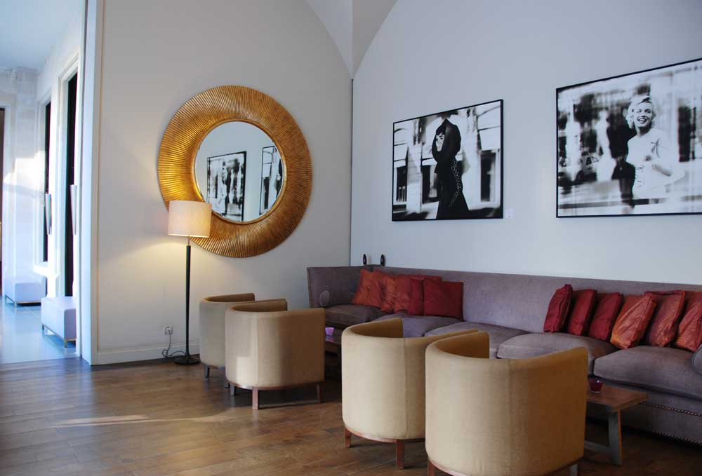 kinderfreundliches-luxushotel-in-frankfurt-Villa-Kennedy-Lobby