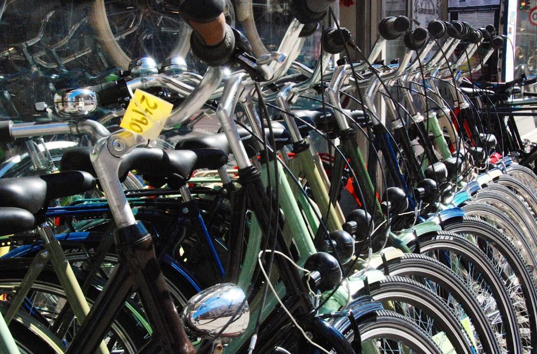 Spaziergang in Kopenhagen Fahrräder