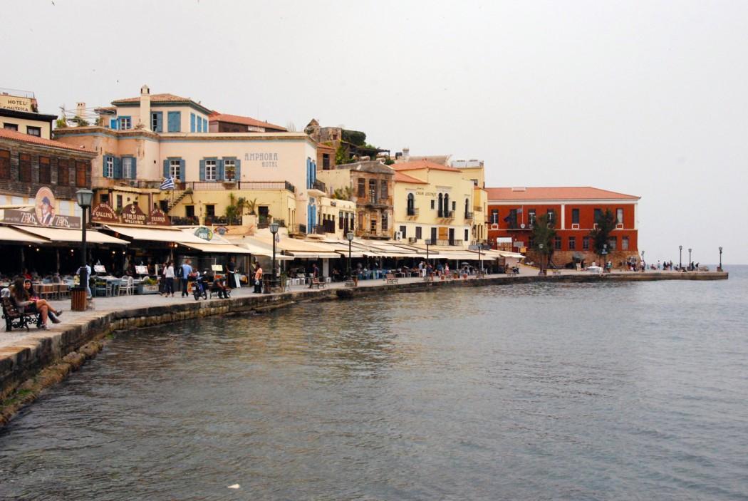 das beste hotel in chania entdeckt und den hafen gesehen