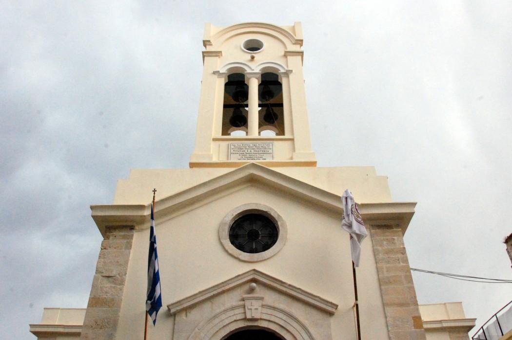 Mit dem Auto unterwegs auf Kreta Kirche in Rethymno