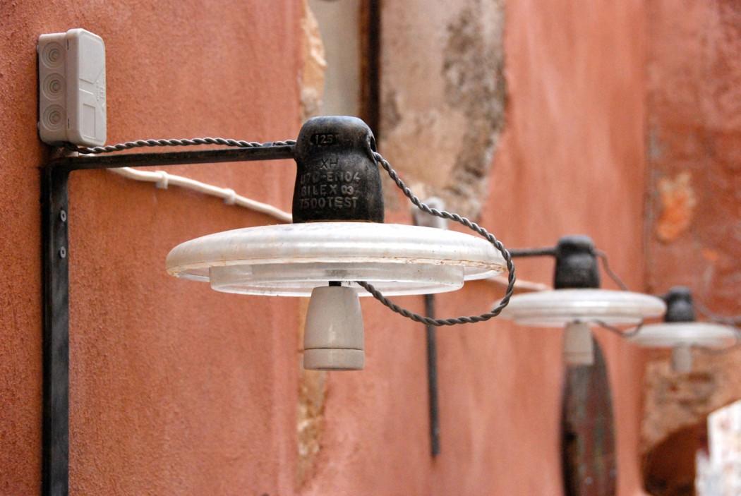 das beste hotel in chania entdeckt und alte lampen in der Altstadt