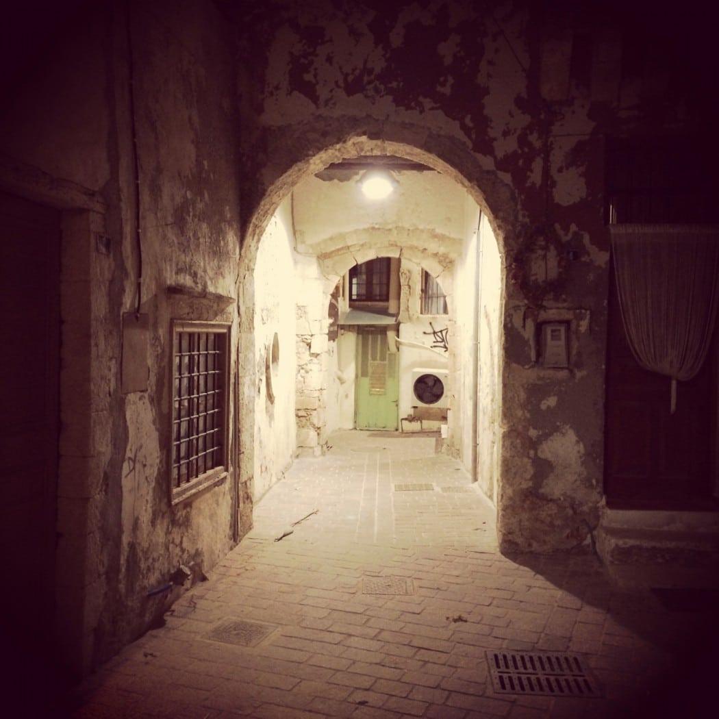 das beste hotel in chania entdeckt und durch die nacht spaziert