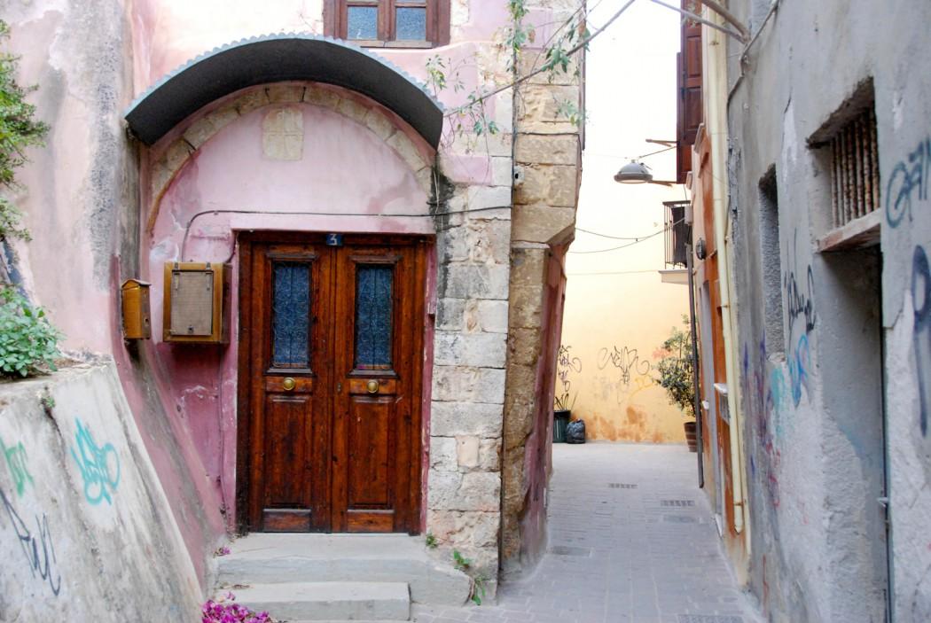 das beste hotel in chania entdeckt und durch gassen spaziert