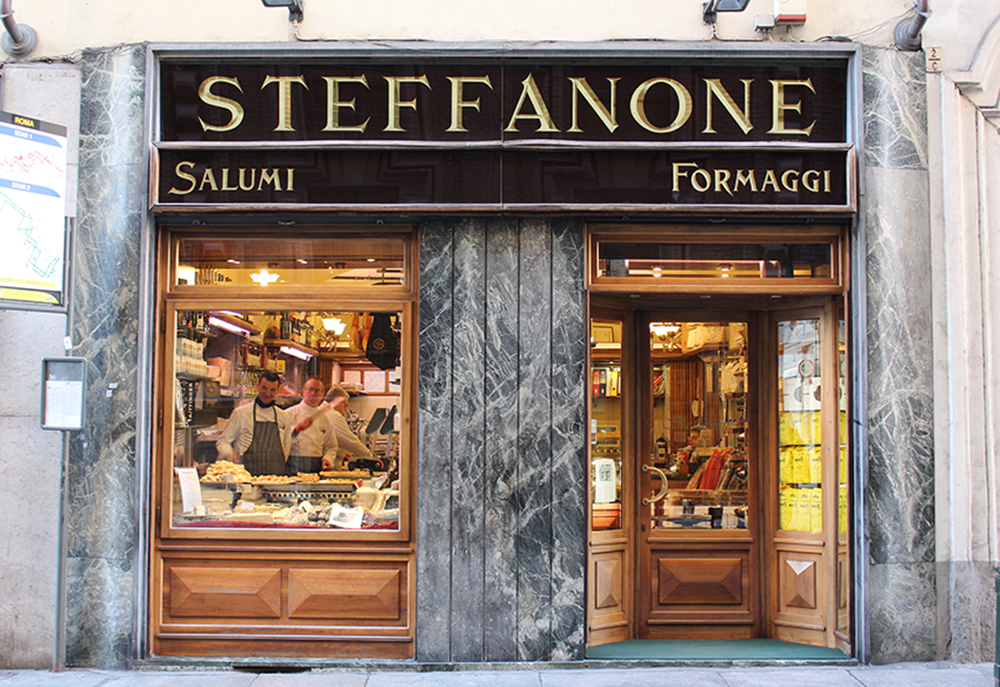 SFT_Turin_Markt_Verkäufer