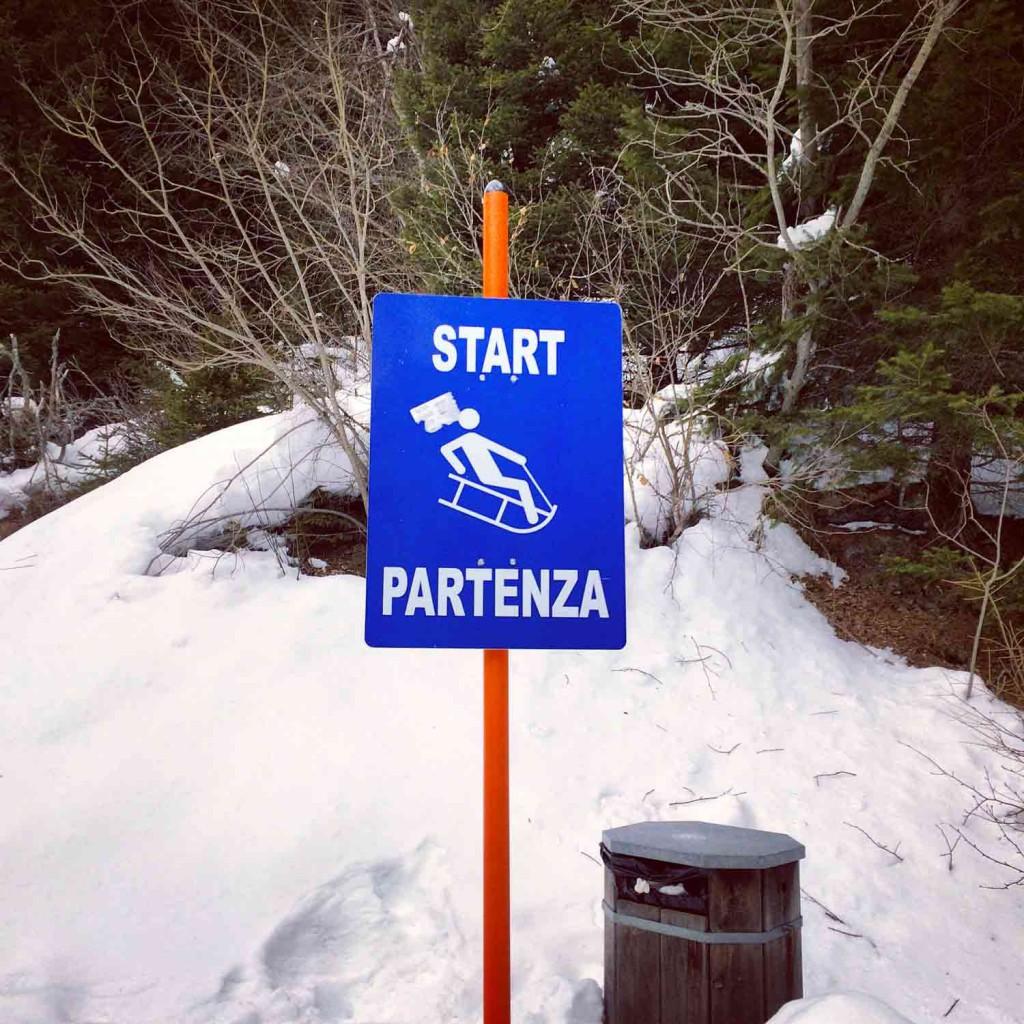 Schlitten fahren Fane Alm Skiurlaub mit Kindern in Südtirol