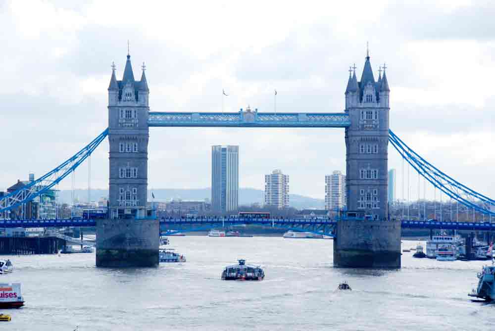 Towerbridge-london-mit-Kind_7503