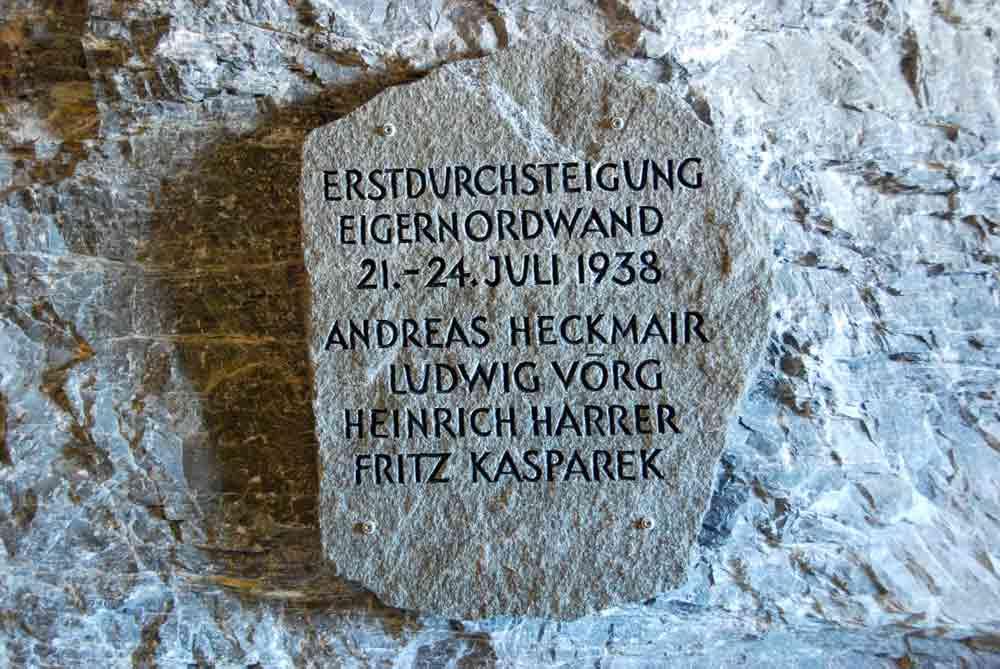 Gedenkstein_eiger_nordwand_erstbesteigung_1938_7638