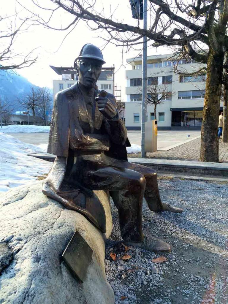 Sherlock Holms Statue Meiringen