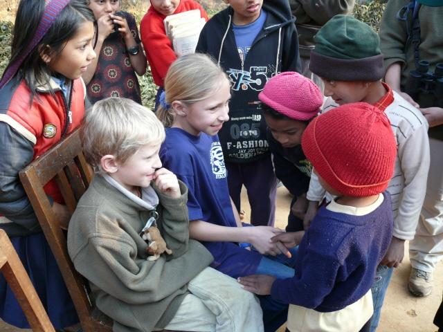 Treffenmit_blinden_kindern_nepal2006