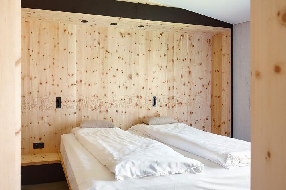 B-Schlafzimmer-(2)