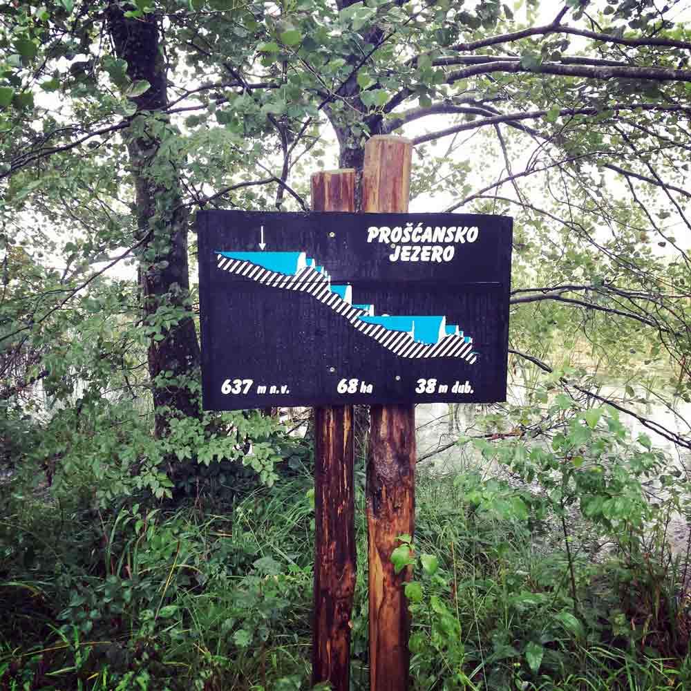 Mit dem Auto zu den Plitvicer Seen.
