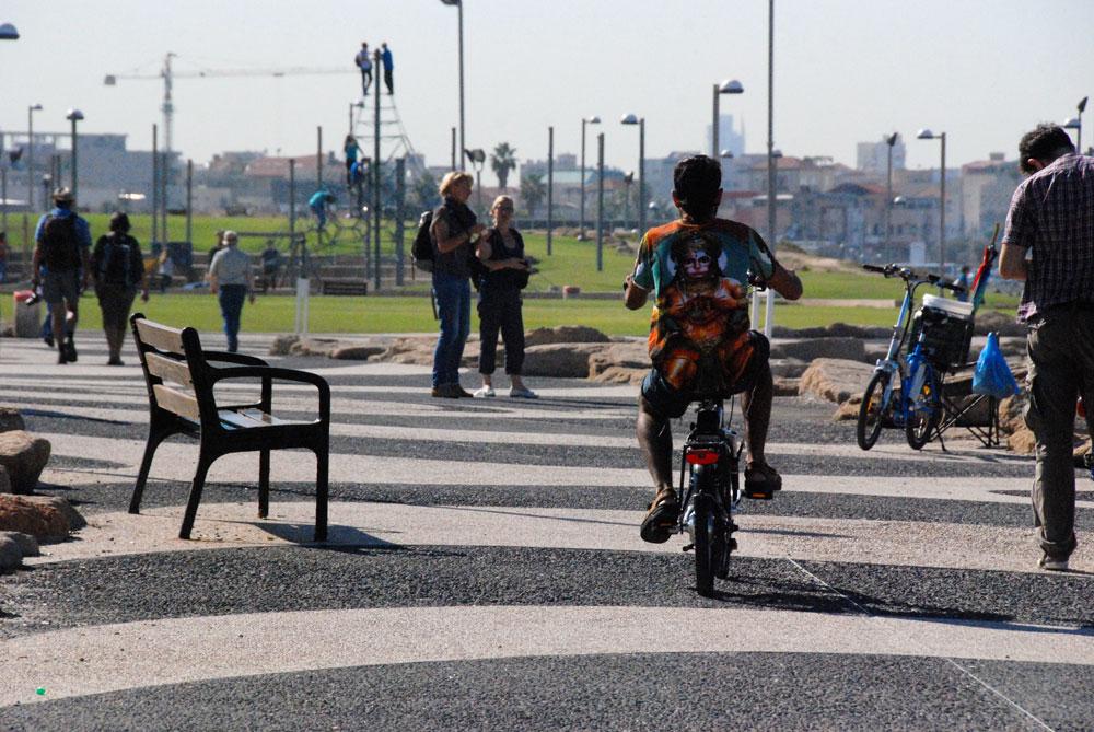 Strandpromenade-tel-aviv