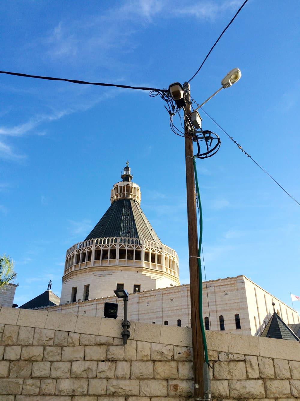 spannende Rundreise durch Israel ©looping-magazin Nazareth Verkündigungkirche
