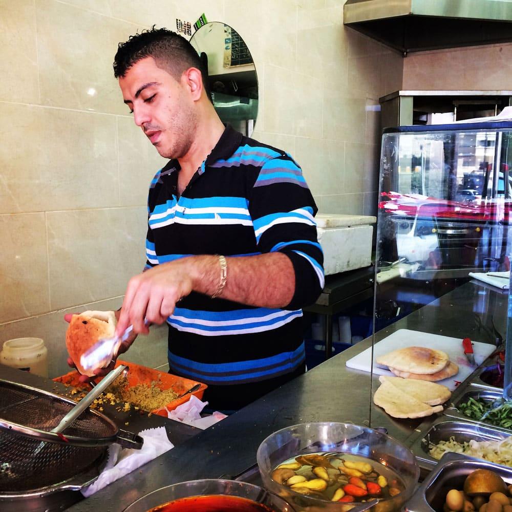 spannende Rundreise durch Israel ©looping-magazin Imbiss in Nazareth