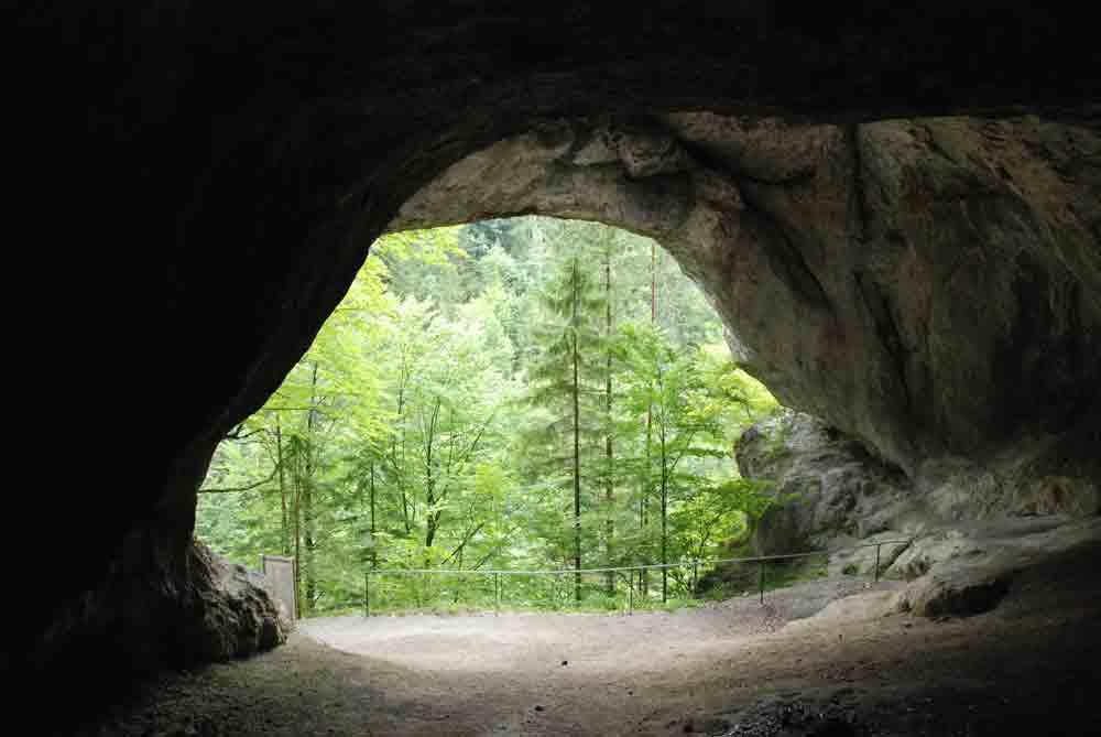 Eingang-der-tischofer-hoehle