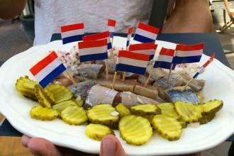 Looping-in-Amsterdam-Foodtour-hering