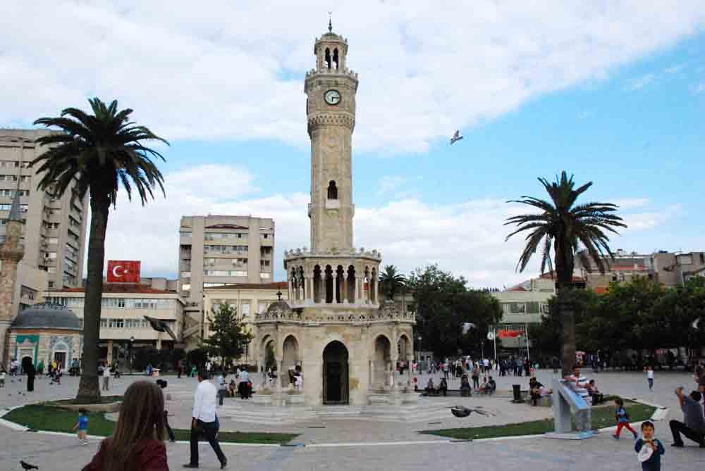 Uhrenturm-Izmir-Tuerkei