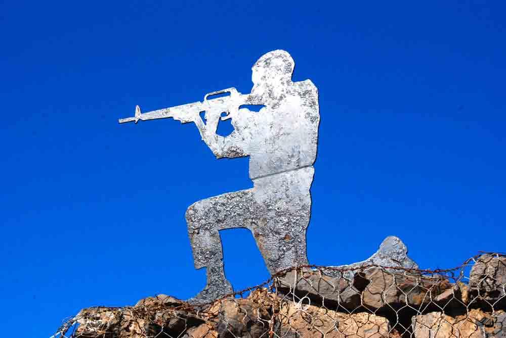 Soldatensilhouette-auf-dem-Golan