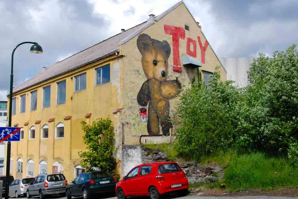 Stavanger-Graffiti-Toy