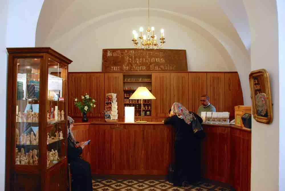 Israel Rundreise Lobby österreichisches Hospitz Jerusalem