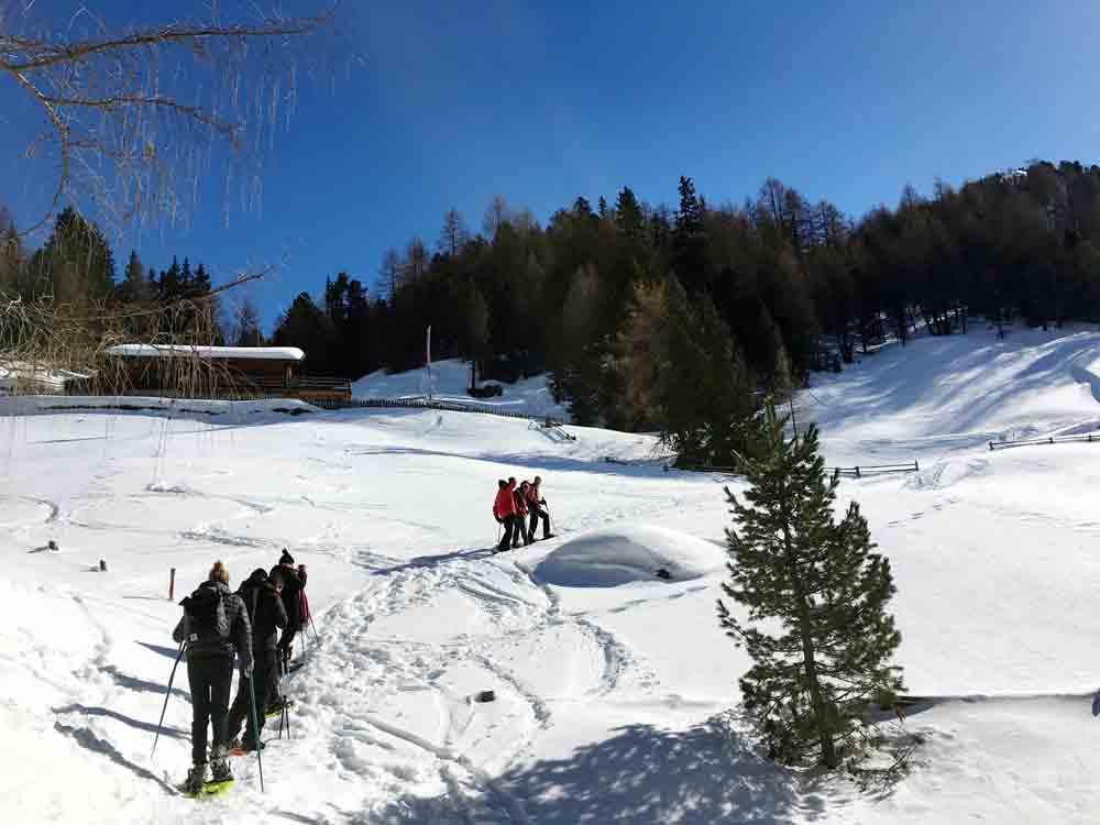 Schneeschuhwanderung-Steinzgeralm-Suedtirol-Kronplatz-©LOOPINGMAGAZIN_8181