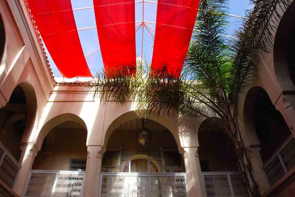 Kurztripp nach Marrakesch Hoteltipp AnaYela Riad Blick nach oben