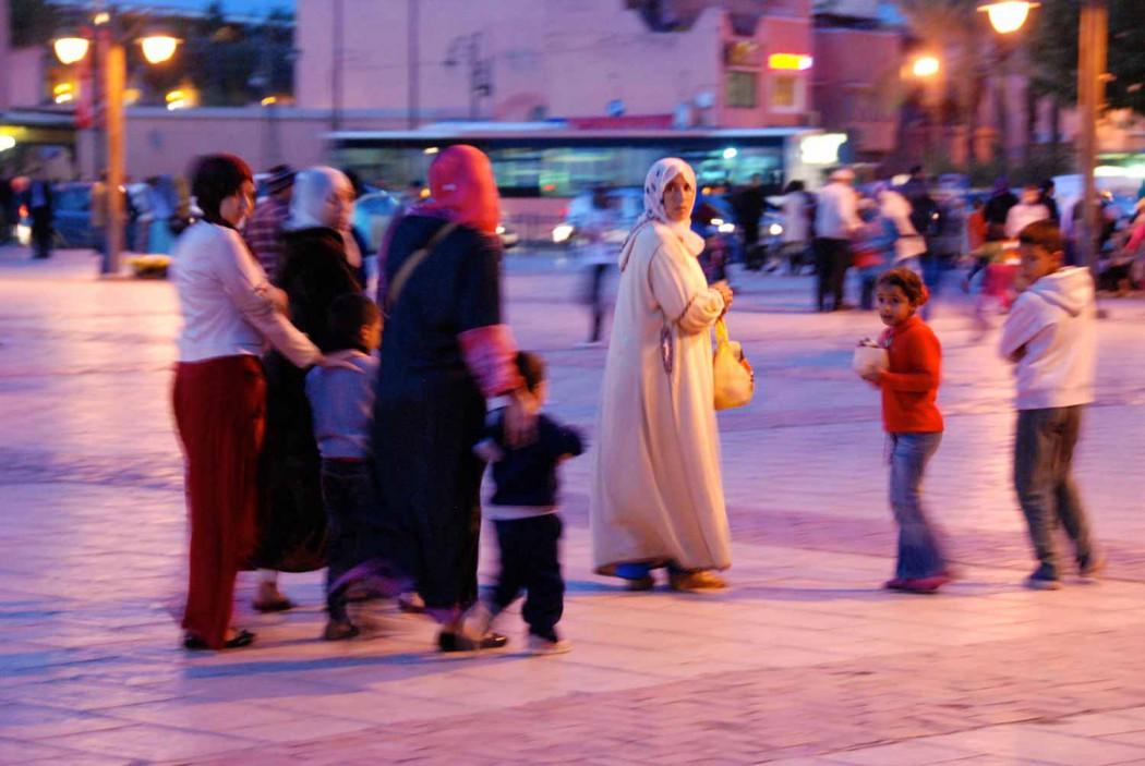 Kurztripp nach Marrakesch vorplatz der Koutoubia Moschee