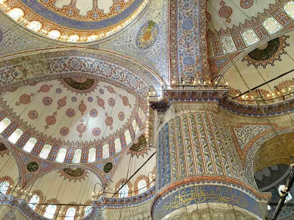 3 Tage Istanbul Reisetipps Blaue Moschee von innen