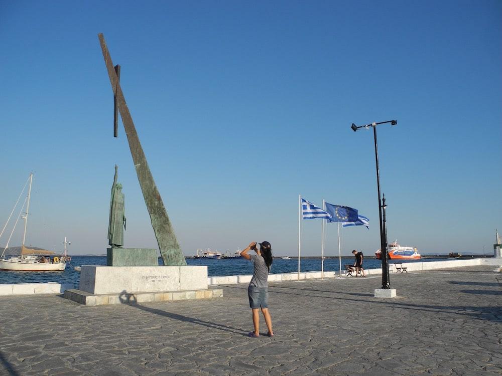 Denkmal-griechische-insel-Samos-©looping