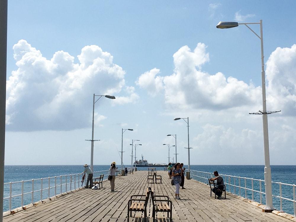 Steg-am-Hafen-von-Limassol-Zypern-©looping-magazin