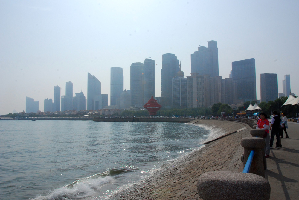 Skyline-qingdao-china-©looping-magazin