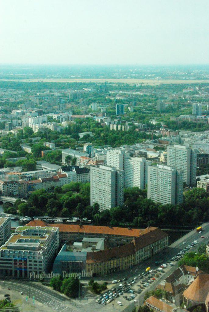 aussicht-berliner-fernsehturm-looping-magazin