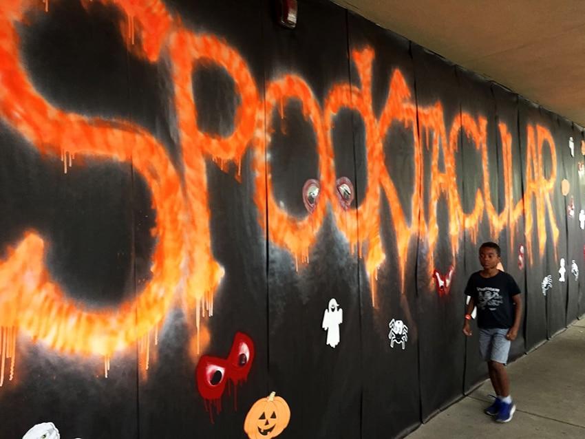looping-magazin-halloween-spooktacular