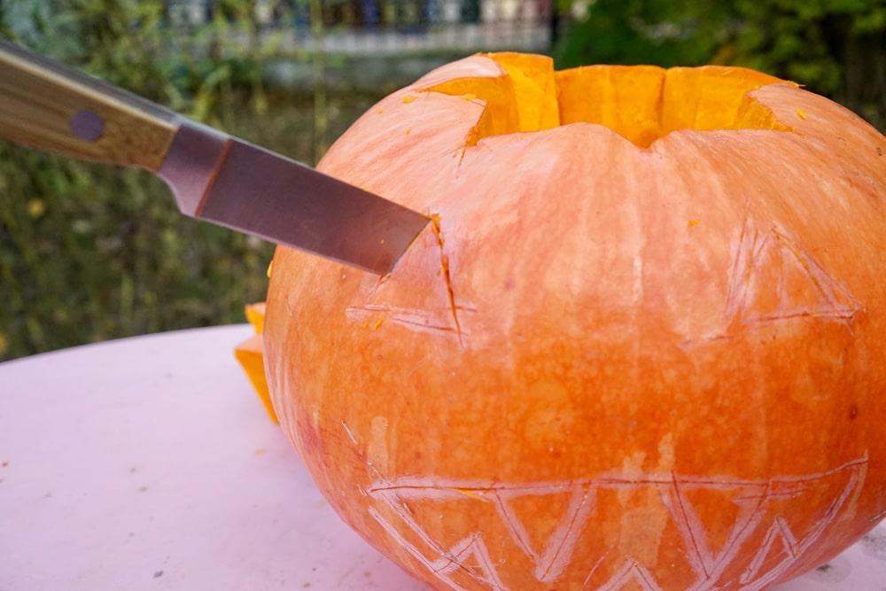 schonungsloses Kürbis basteln für halloween