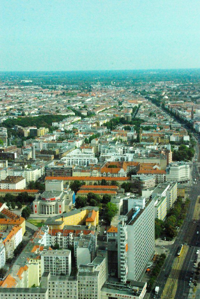 schoene-aussicht-berliner-fernsehturm-looping-magazin