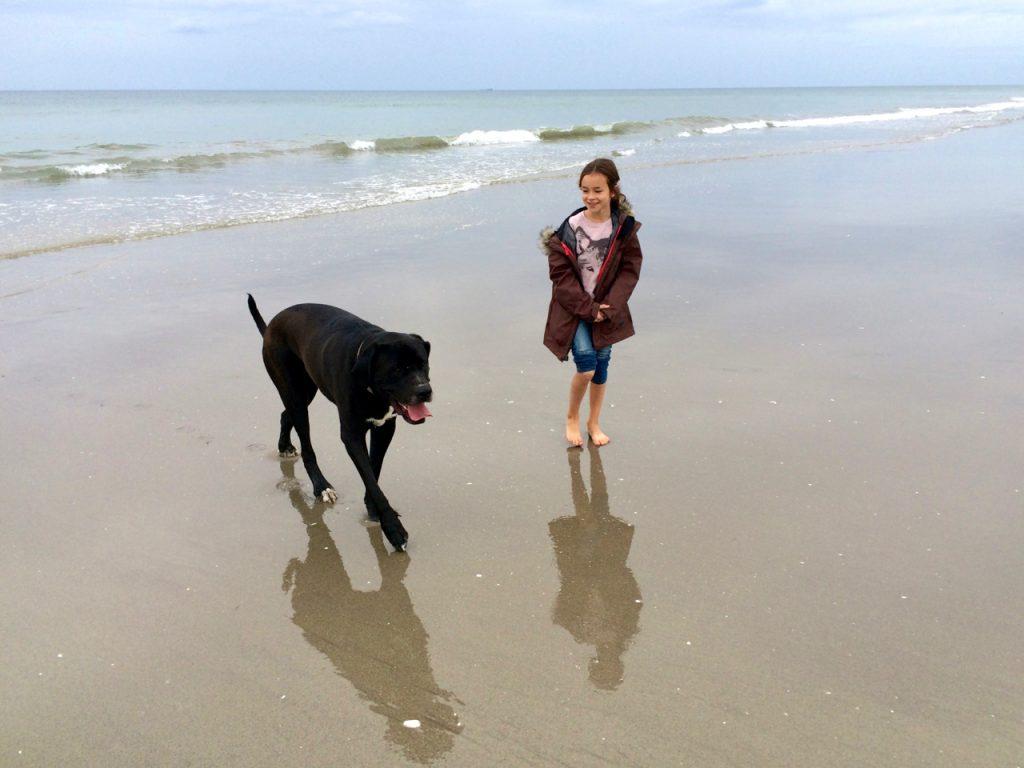 neuseeland-reise-mit-kind-strand-tauranga-von