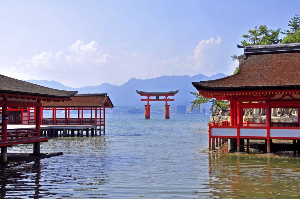 csm_japan_for_family_-_itsukushima_shrine_2_jnto_dd9785edb0