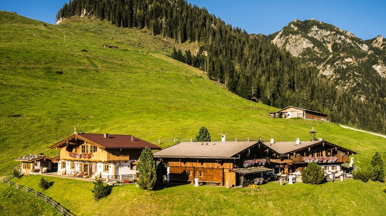 Luxus-Chalet Bischofer Alm in Tirol