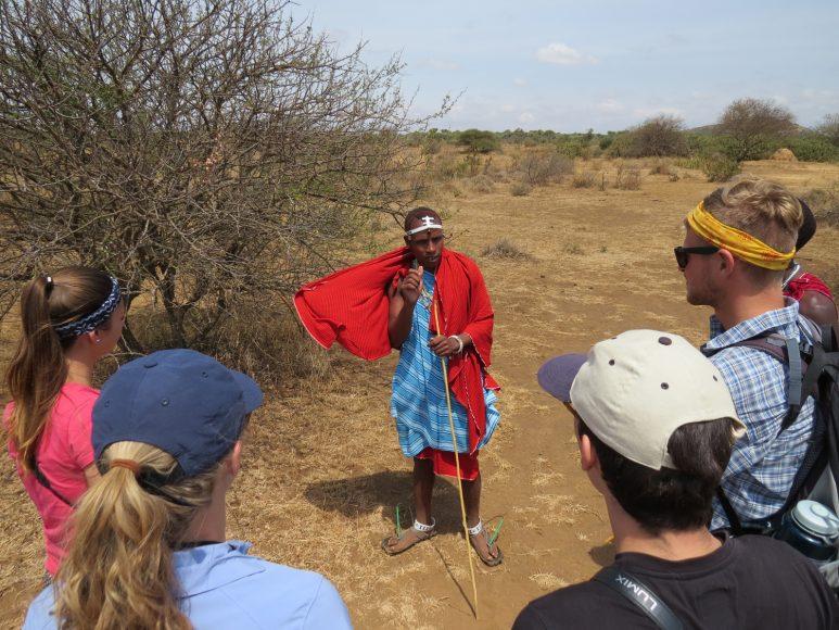 tansania-for-family-familienreise-fuehrung-mit-massai-for-family-reisen