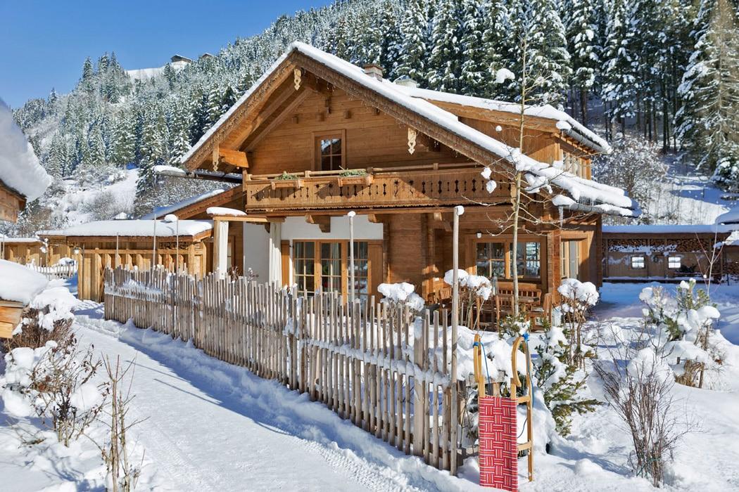 Dorfansichten_Winter_14-Laerchen-Alm-LOOOPINGMagazin